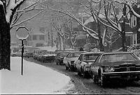 Tempete de neige <br /> novembre 1972, <br /> date exacte inconnue<br /> <br /> Photo : Agence Quebec Presse - Alain Renaud