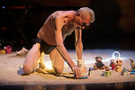 CELEBRATION<br /> <br /> Direction artistique Mark Tompkins<br /> Performeurs Mark Tompkins (danse, chant), Maxime Dupuis (violoncelle électronique, objets, chant), Tom Gareil (vibraphone, synthétiseurs, objets, chant)<br /> Scénographie, costumes Jean-Louis Badet<br /> Régie générale, lumière Pauline Vauchez<br /> Production I.D.A.<br /> Cadre : Uzès Danse 2021<br /> Date : 18/06/2021<br /> Lieu : Jardin de l'Évêché<br /> Ville : Uzès