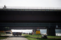 'under the bridge'<br /> <br /> 90th Schaal Sels 2015
