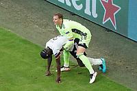 Torwart/Goalie Manuel Neuer (Deutschland Germany) hilft Antonio Rüdiger (Deutschland Germany) auf<br /> - Muenchen 19.06.2021: Deutschland vs. Portugal, Allianz Arena Muenchen, Euro2020, emonline, emspor, <br /> <br /> Foto: Marc Schueler/Sportpics.de<br /> Nur für journalistische Zwecke. Only for editorial use. (DFL/DFB REGULATIONS PROHIBIT ANY USE OF PHOTOGRAPHS as IMAGE SEQUENCES and/or QUASI-VIDEO)