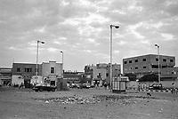 - Egitto, Il Cairo, ottobre 1986, la periferia verso Giza<br /> <br /> <br /> <br /> - Egypt, Cairo, October 1986, the suburbs towards Giza