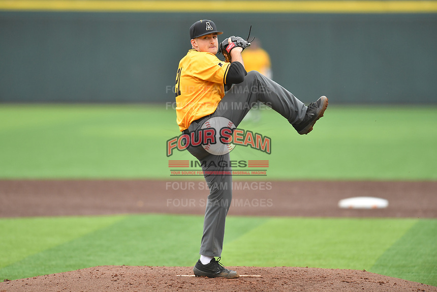 Appalachian State Mountaineers starting pitcher Tyler Tuthill (21) delivers a pitch during a game against the Tennessee Volunteers at Lindsey Nelson Stadium on February 16, 2019 in Knoxville, Tennessee. The Volunteers defeated Mountaineers 2-0. (Tony Farlow/Four Seam Images)
