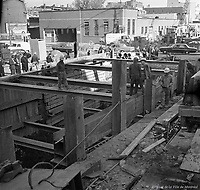 creusement-du-metro-au-coin-des-rues-berri-et-ontario-10-octobre-1963