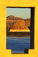 Lake Powell, Glen Canyon National Recreation Area.  Arizona, Utah.