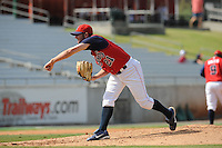 Jayson Ruhlman Pitcher Tennessee Smokies (Chicago Cubs) delivers a pitch during the Southern League Playoffs at Smokies Park in Sevierville, TN September 13, 2009 (Photo by Tony Farlow/ Four Seam Images)