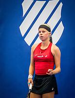 Amstelveen, Netherlands, 18  December, 2020, National Tennis Center, NTC, NK Indoor, National  Indoor Tennis Championships,   :  Eva Vedder (NED) <br /> Photo: Henk Koster/tennisimages.com