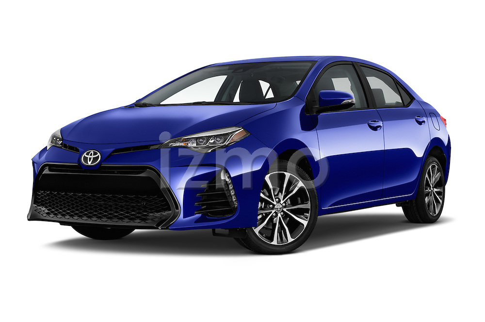 Stock pictures of low aggressive front three quarter view of 2018 Toyota Corolla XSE-AT 4 Door Sedan Low Aggressive