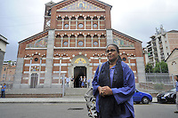 - Milano 31/07/2016 - Imam e rappresentanti del COREIS (Comunità Religiosa Islamica) assistono alla messa nella chiesa di Santa Maria in Caravaggio,  per mostrare la propria solidarietà al mondo cattolico dopo l'uccisione del sacerdote francese Jacques Hamel; Maryan Ismail, portavoce della comunità somala di Milano e candidata nelle liste del Pd alle elezioni comunali<br />