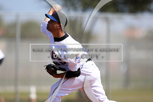 March 19, 2010:  Phillips Orta (65) of the New York Mets organization during Spring Training at the Roger Dean Stadium Complex in Jupiter, FL.  Photo By Mike Janes/Four Seam Images