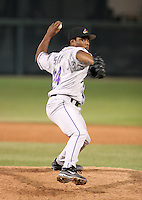 Akron Aeros Tony Sipp during an Eastern League game at Jerry Uht Park on June 28, 2006 in Erie, Pennsylvania.  (Mike Janes/Four Seam Images)