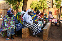 BURKINA FASO, Kaya, catholic church, cathedral, women praying outside the church, christians are under pressure of increasing islamist attacks and insecurity / BURKINA FASO, Kaya, katholische Kirche, Frauen beten an der Kathedrale