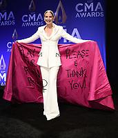 NASHVILLE, TN - NOVEMBER 13:  Jennifer Nettles in the press room at the 53rd Annual CMA Awards at the Bridgestone Arena on November 13, 2019 in Nashville, Tennessee. (Photo by Scott Kirkland/PictureGroup)