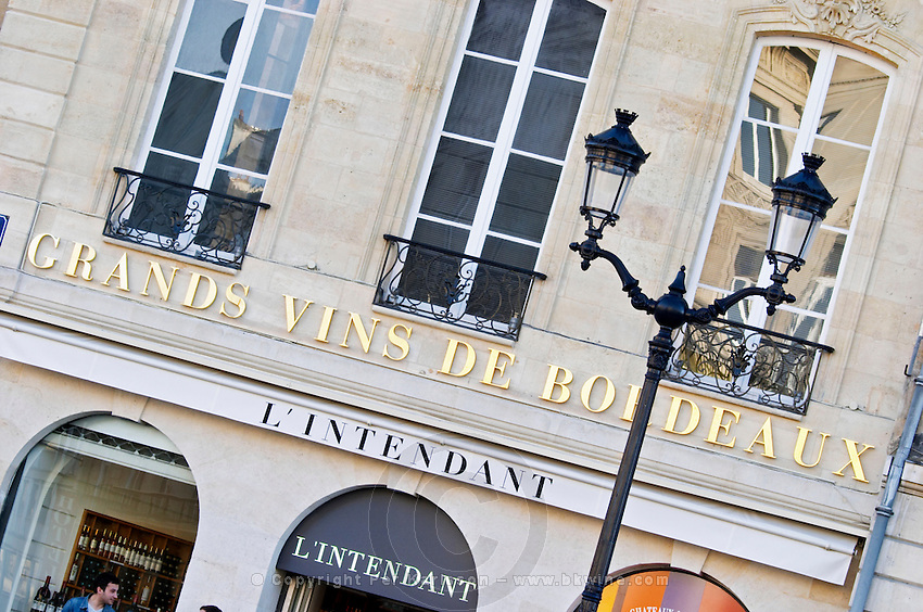 wine shop l'intendant allees tourny bordeaux france