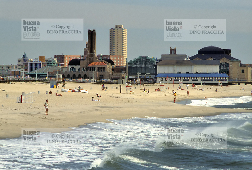 - USA, New Jersey, the beach of Asbury Park<br /> <br /> - USA, New Jersey, la spiaggia di Asbury Park