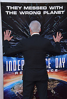 Brent Spiner @ the premiere of 'Independence Day: Resurgence' held @ the Chinese theatre.<br /> June 20, 2016.