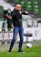 18th May 2020, WESERSTADION, Bremen, Germany; Bundesliga football, Werder Bremen versus Bayer Leverkusen; Leverkusens trainer Peter Bosz sends in player instructions