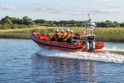 Carrybridge Lifeboat Assists Two After Cabin Cruiser Breakdown