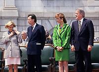 Le Premier Ministre quebecois Robert Bourassa, son epouse (G), le Premier Ministre Canadien (D) Brian Mulroney et son epouse Mila, lors du 350 ieme de Montreal, <br />  en mai  1992, a la Place Royale.<br /> <br /> Photo:  Agence Quebec Presse