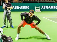 Rotterdam, Netherlands, 11 februari, 2018, Ahoy, Tennis, ABNAMROWTT, Arival of Roger Federer, warming up on centercourt<br /> Photo: Henk Koster/tennisimages.com