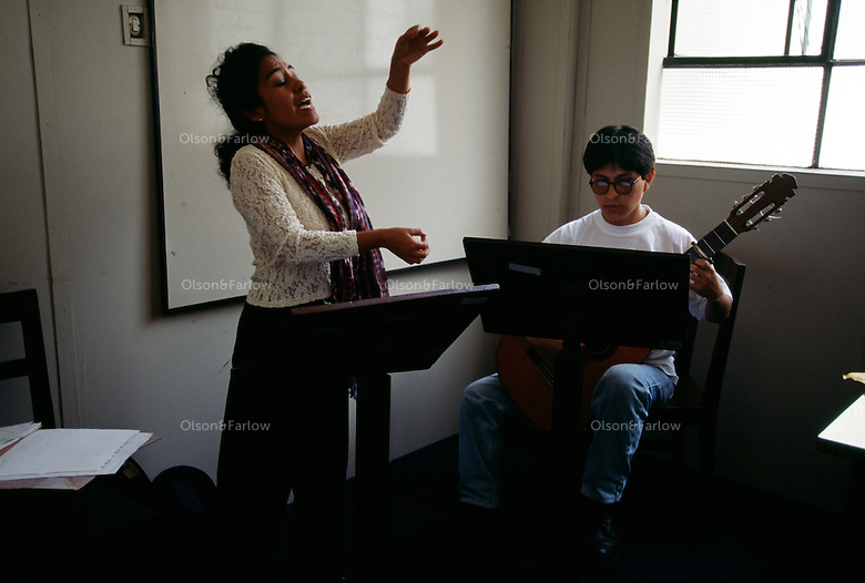 At the National Conservatory of Music, soloist and vocal teacher Ivoschka Tello rehearses for an upcoming concert. She is accompanied by Ernesto Mayhuire. <br /> Ivoschka studied in Havana when she was six. Came to Peru and was tired as a teacher at Universidad Nacional Mayor de San Marcos, oldest university in Peru.