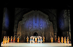 LA BAYADERE....Auteur : PETIPA Marius KHOUDEKOF Serguei..Choregraphie : NOUREEV Rudolf..Mise en scene : NOUREEV Rudolf..Compositeur : MINKUS Ludwig..Orchestre : Orchestre COLONNE..Decor : FRIGERIO Ezio..Lumiere : CHELI Vinicio..Costumes : SQUARCIAPINO Franca..Avec :..SAIZ Yann : Le grand Pretre..Lieu : Opera Garnier..Ville : Paris..Le : 15 05 2010..© Laurent PAILLIER / photosdedanse.com..All rights reserved