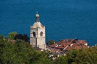Europe/France/Rhône-Alpes/74/Haute Savoie/ Evian: Léglise ,les toits de la ville et le Lac Léman