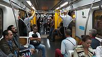 Transporte em trem do Metro. Sao Paulo. 2017. Foto de Juca Martins.