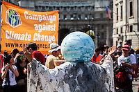 "08.05.2016 - ""Going Backwards on Climate Change"" - Demonstration"