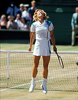 1987, Wimbledon,Navratilova wins wimbledon and screams victory