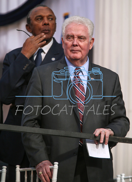 Assembly Speaker designate John Hambrick, R-Las Vegas, front, and Assemblyman Harvey Munford, D-Las Vegas, look around the crowd following the inaugural ceremony on the steps of the Capitol, in Carson City, Nev., on Monday, Jan. 5, 2015. (Las Vegas Review-Journal/Cathleen Allison)