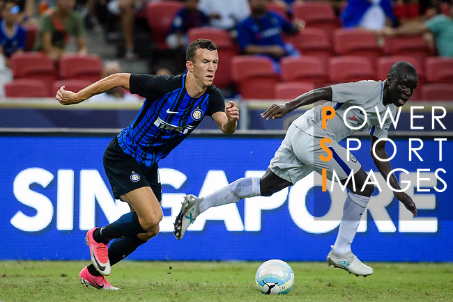 FC Internazionale Forward Ivan Perisic (L) in action during the International Champions Cup 2017 match between FC Internazionale and Chelsea FC on July 29, 2017 in Singapore. Photo by Weixiang Lim / Power Sport Images