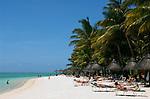 MUS, Mauritius, Black River, Flic en Flac: Strand des Sugar Beach Resort | MUS, Mauritius, Black River, Flic en Flac: beach at Sugar Beach Resort