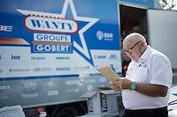 DS Hilaire Van der Schueren (BEL/Wanty-Groupe Gobert) checking the latest race updates<br /> <br /> 55th Vlaamse Druivenkoers 2015