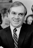 Ed Broadbent, Election Campaign<br /> <br /> Photo : Boris Spremo - Toronto Star archives - AQP