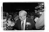 le maire de Laval  Gilles Vaillancourt<br />  re-elu en 1997  (date exacte inconnue).<br /> <br /> PHOTO : Agence Quebec Presse<br /> <br /> <br />  NOTE : Lorsque requis la photo commandée sera recadrée et ajustée parfaitement.