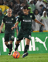 BOGOTA - COLOMBIA -25-02-2017: Juan Mahecha, jugador de La Equidad, en acción, durante partido entre La Equidad y Atletico Nacional, por la fecha 5 de la Liga Aguila I-2017, jugado en el estadio Nemesio Camacho El Campin de la ciudad de Bogota. / Juan Mahecha, player of La Equidad, in action, during a match between La Equidad and Atletico Nacional, for the  date 5 of the Liga Aguila I-2017 at the Nemesio Camacho El Campin Stadium in Bogota city, Photo: VizzorImage  / Luis Ramirez / Staff.