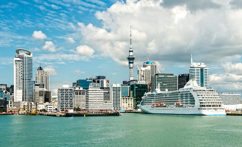 A view of the Auckland waterfront from the ferry to Waiheke Island.