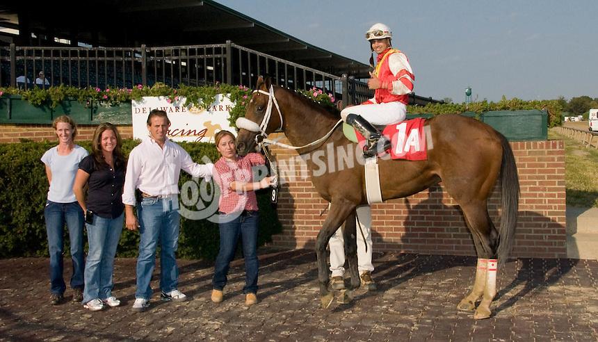 Dontgetgladgetmad winning at Delaware Park on 9/13/10