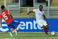 Rancagua, Chile - Wednesday, January 28, 2015: The Chilean national team defeated the USMNT 3-2 during an international friendly match at Estadio El Teniente.