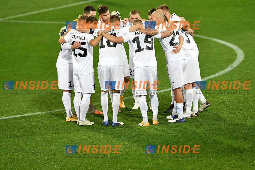 Estonian players talk to each other during the friendly football match between Italy and Estonia at Artemio Franchi Stadium in Firenze (Italy), November, 11th 2020. Photo Andrea Staccioli/ Insidefoto