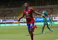 BOGOTÁ - COLOMBIA, 10-03-2020:Edis Ibarguen del Deportivo Pasto  celebra después de anotar un  gol de su equipo partido entre La Equidad y Deportivo Pasto por la fecha 8 de la Liga BetPlay I 2020 jugado en el estadio Metropolitano de Techo de la ciudad de Bogotá. / Edis Ibarguen of Deportivo Pasto celebrates after scoring the goal of his team during match between La Equidad and Deportivo Pasto for the date 8 as part of BetPlay League I 2020 played at Metropolitano de Techo stadium in Bogota. Photo: VizzorImage / Felipe Caicedo / Staff