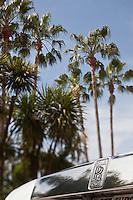 Europe/France/Provence-Alpes-Côte d'Azur/06/Alpes-Maritimes/Cannes: Rolls Royce sur La Croisette devant l'Hôtel Carlton