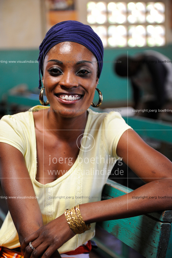 ZAMBIA, Ndola, portrait of woman<br /> / SAMBIA, Ndola, Portraet einer Frau