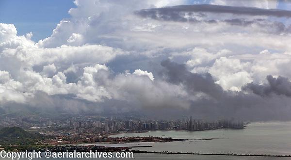aerial photograph of the skyline of Panama, Republic of Panama | fotografía aérea del horizonte de Panamá