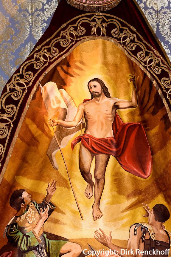 "andgesticketer Seidnumhang ""Triumph des Christentums"" in der Kirche San Francisco der  Bruderschaft Paso Azul bei  der Semana Santa (Karwoche) in Lorca,  Provinz Murcia, Spanien, Europa"