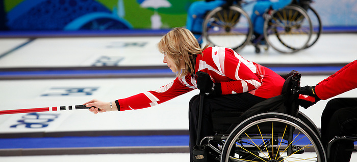 Sonja Gaudet, Vancouver 2010 - Wheelchair Curling // Curling en fauteuil roulant.<br /> Team Canada competes in Wheelchair Curling // Équipe Canada participe en curling en fauteuil roulant. 20/03/2010.