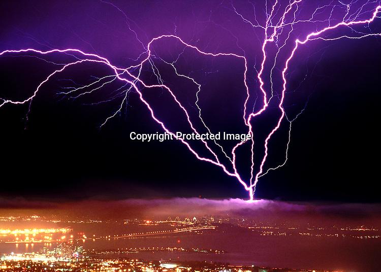 Lightning Strike in San Francisco September 8, 1999.