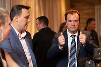 Gaetan Barrette ,LaPiniere<br /> Alain Therien, Sanguinet<br /> <br /> le jour des elections, 1er octobre 2018<br /> <br /> PHOTO : Agence Quebec Presse