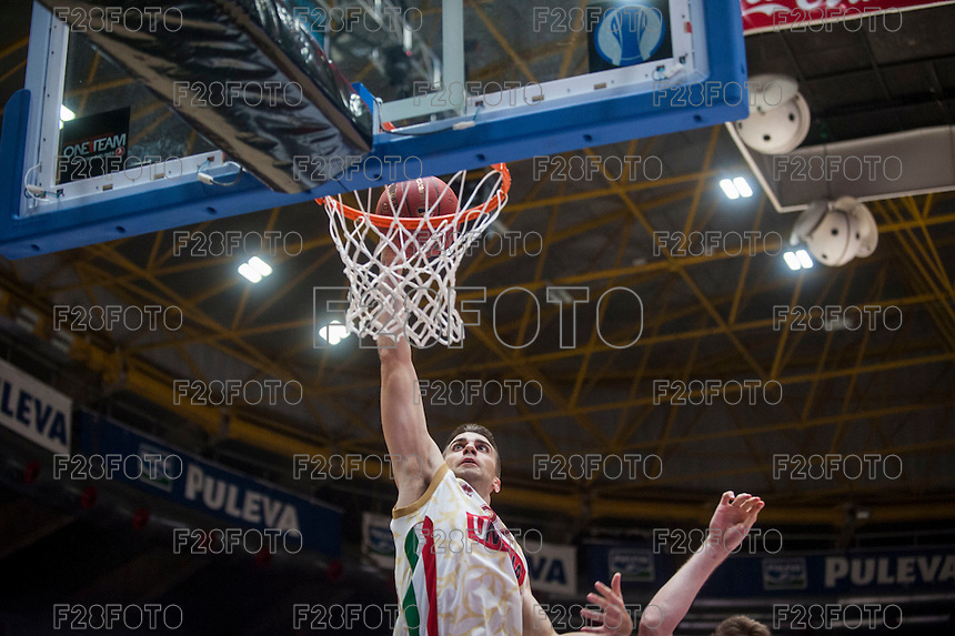 VALENCIA, SPAIN - NOVEMBER 3: Jeff Viggiano during EUROCUP match between Valencia Basket Club and CAI Zaragozaat Fonteta Stadium on November 3, 2015 in Valencia, Spain