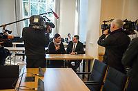 """2. Sitzungstag des Berliner """"Amri-Untersuchungsausschuss"""".<br /> Am Freitag den 8. September 2017 fand die 2. Sitzung des sogenannte """"Amri-Untersuchungsausschuss des Berliner Abgeordnetenhaus. Statt. Der 1. Untersuchungsausschuss der 18. Wahlperiode will versuchen die diversen Unklarheiten im Fall des Weihnachtsmarkt-Attentaeters zu aufzuklaeren.<br /> Im Bild: Canan Bayram, Obfrau und Sprecherin der Gruenen im Ausschuss.<br /> 8.9.2017, Berlin<br /> Copyright: Christian-Ditsch.de<br /> [Inhaltsveraendernde Manipulation des Fotos nur nach ausdruecklicher Genehmigung des Fotografen. Vereinbarungen ueber Abtretung von Persoenlichkeitsrechten/Model Release der abgebildeten Person/Personen liegen nicht vor. NO MODEL RELEASE! Nur fuer Redaktionelle Zwecke. Don't publish without copyright Christian-Ditsch.de, Veroeffentlichung nur mit Fotografennennung, sowie gegen Honorar, MwSt. und Beleg. Konto: I N G - D i B a, IBAN DE58500105175400192269, BIC INGDDEFFXXX, Kontakt: post@christian-ditsch.de<br /> Bei der Bearbeitung der Dateiinformationen darf die Urheberkennzeichnung in den EXIF- und  IPTC-Daten nicht entfernt werden, diese sind in digitalen Medien nach §95c UrhG rechtlich geschuetzt. Der Urhebervermerk wird gemaess §13 UrhG verlangt.]"""